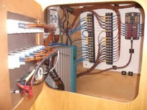 Picture of well organised wiring panel